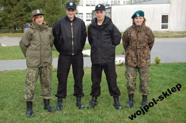 Klasa wojskowa od skarpetek po czapkę