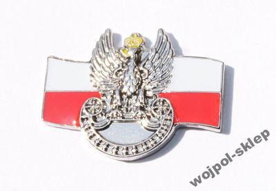 Pins – orzełek wojsk lądowych na tle flagi rp